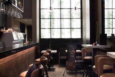 Jonah's Wine Restaurant - εικόνα 4