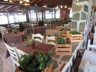 Εστιατόριο τα Πυθάρια - εικόνα 6