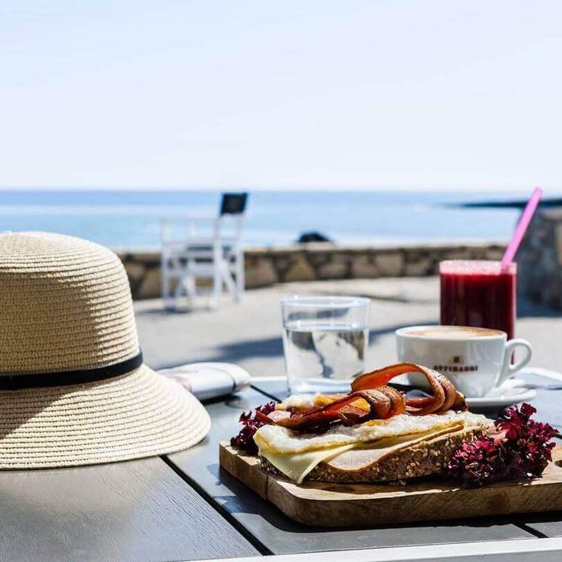 Coast Café BaRestaurant - εικόνα 2