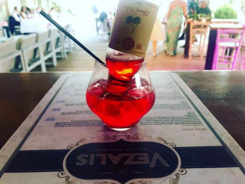 Vezalis Beach Bar Restaurant - εικόνα 5