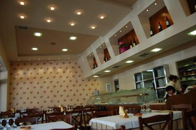 Mamas Restaurant - εικόνα 4