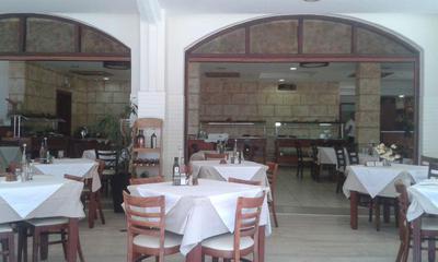 Alianthos Restaurant - εικόνα 2