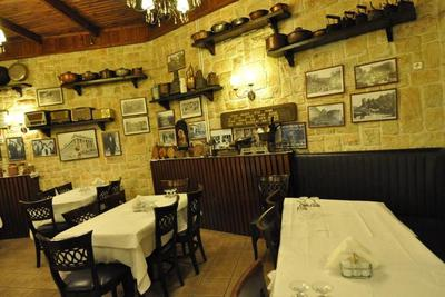 Panellinion Restaurant - εικόνα 1