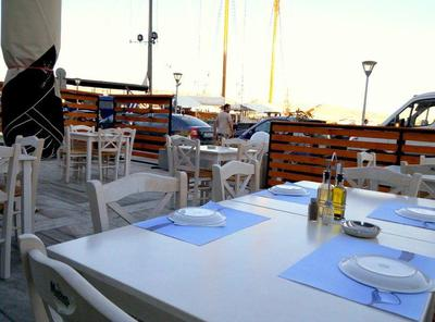 Bayway Cafe Restaurant - εικόνα 1