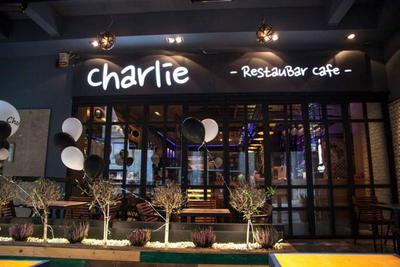 Charlie - εικόνα 3