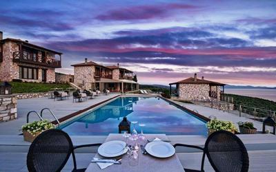 Karavia Lux Inn - εικόνα 2