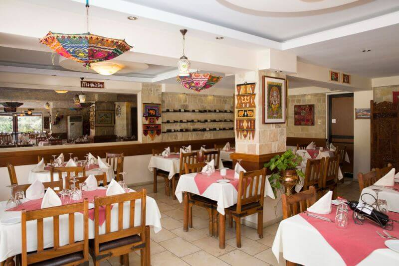 CURRY HOUSE Authentic Indian Tandoori Restaurant - εικόνα 1