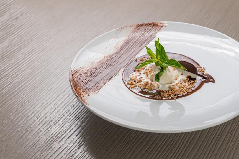 M8 Restaurant-Bar - εικόνα 6