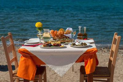 Mesogeios Cretan Restaurant - εικόνα 6