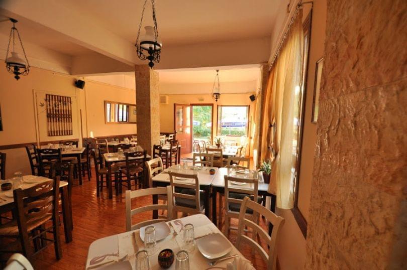 εστιατόρια έξω από την Αθήνα