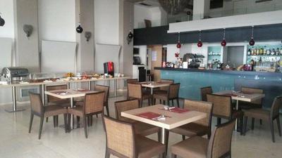 Porfyra Café Restaurant - εικόνα 1