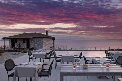 Karavia Lux Inn - εικόνα 4