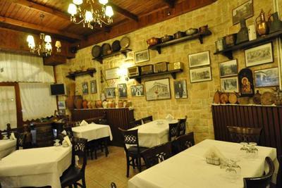 Panellinion Restaurant - εικόνα 2