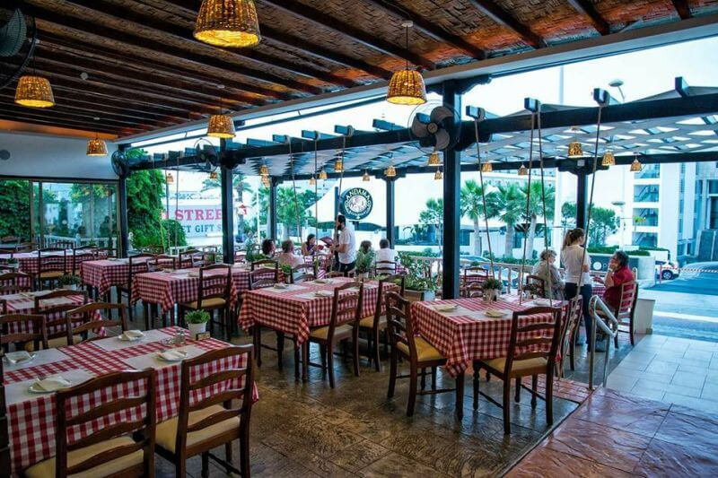 Andama Restaurant - εικόνα 1