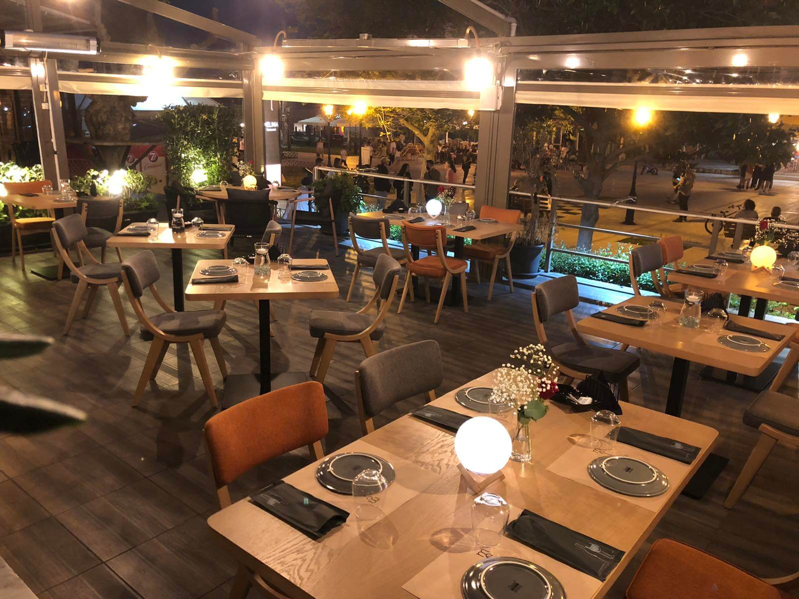 Melinia Restaurant - εικόνα 1
