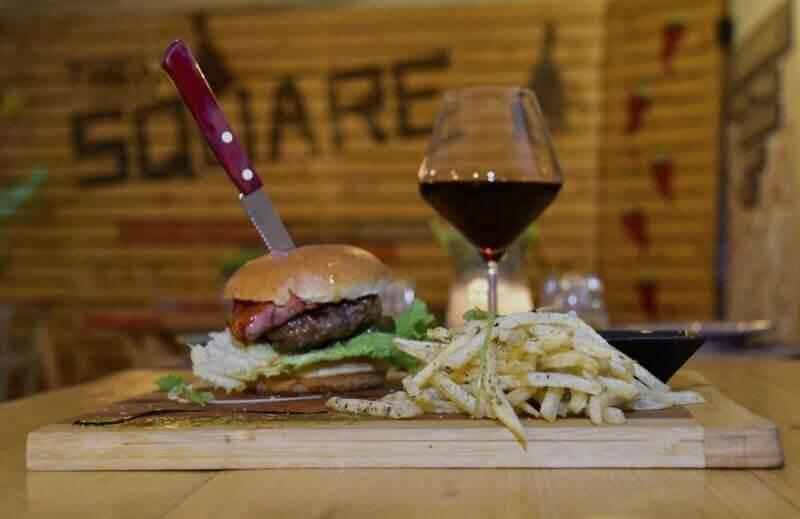The Square Steak & Burger Bar (Κασσιόπη) - εικόνα 5