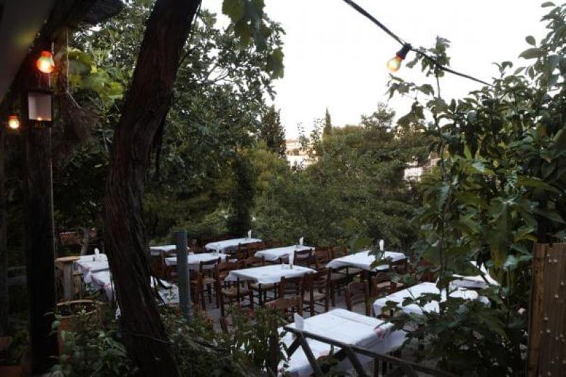 αυλές στην Αθήνα