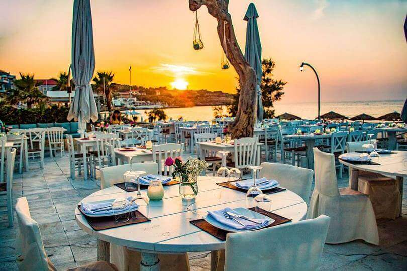 Yialos Wine Restaurant - εικόνα 4