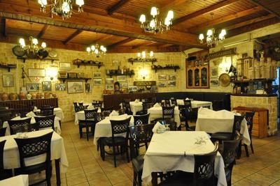 Panellinion Restaurant - εικόνα 4