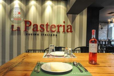 La Pasteria (Αγία Παρασκευή) - εικόνα 4