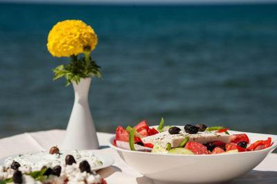 Mesogeios Cretan Restaurant - εικόνα 2