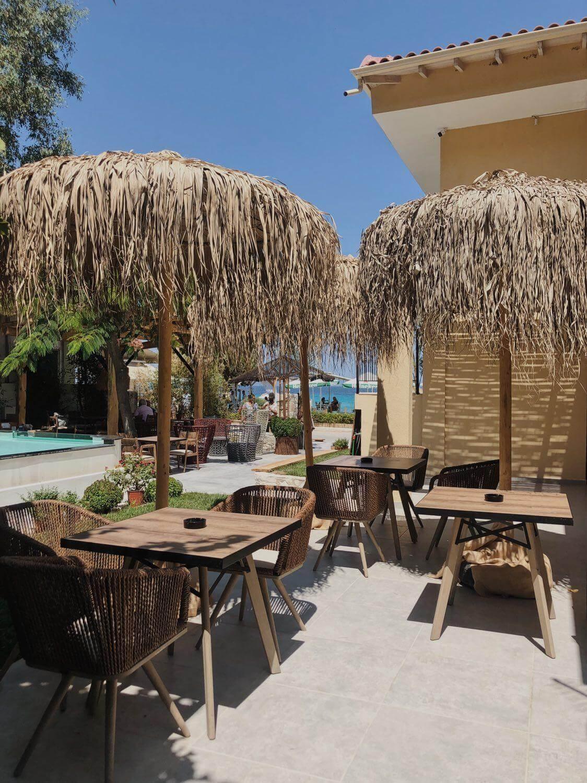 Limna Beach Restaurant - εικόνα 6