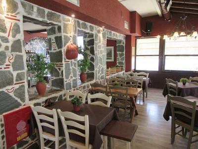 Εστιατόριο τα Πυθάρια - εικόνα 4