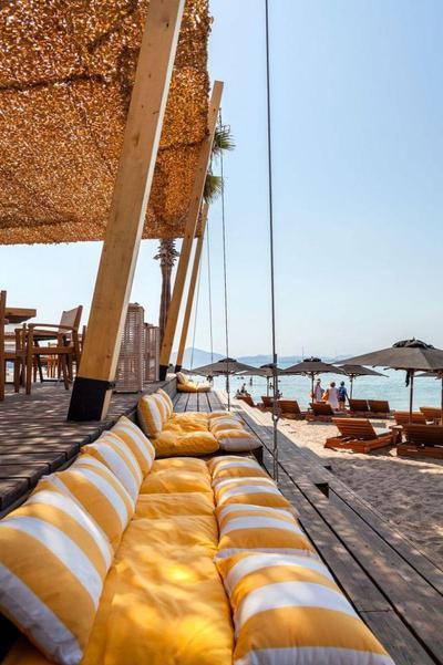 V Café Restaurant - εικόνα 3