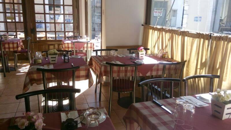 Meze Taverna restaurant - εικόνα 3