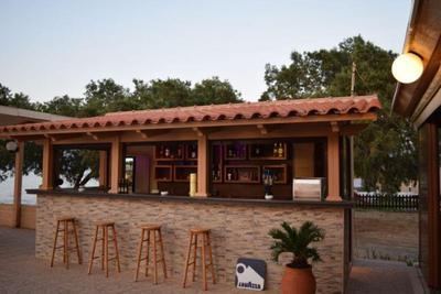 Mesogeios Cretan Restaurant - εικόνα 1