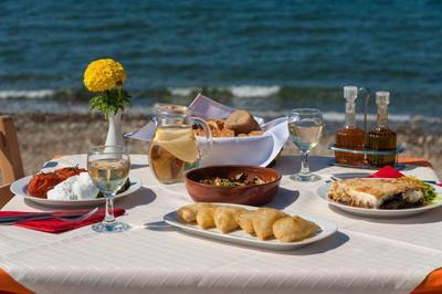 Mesogeios Cretan Restaurant - εικόνα 7