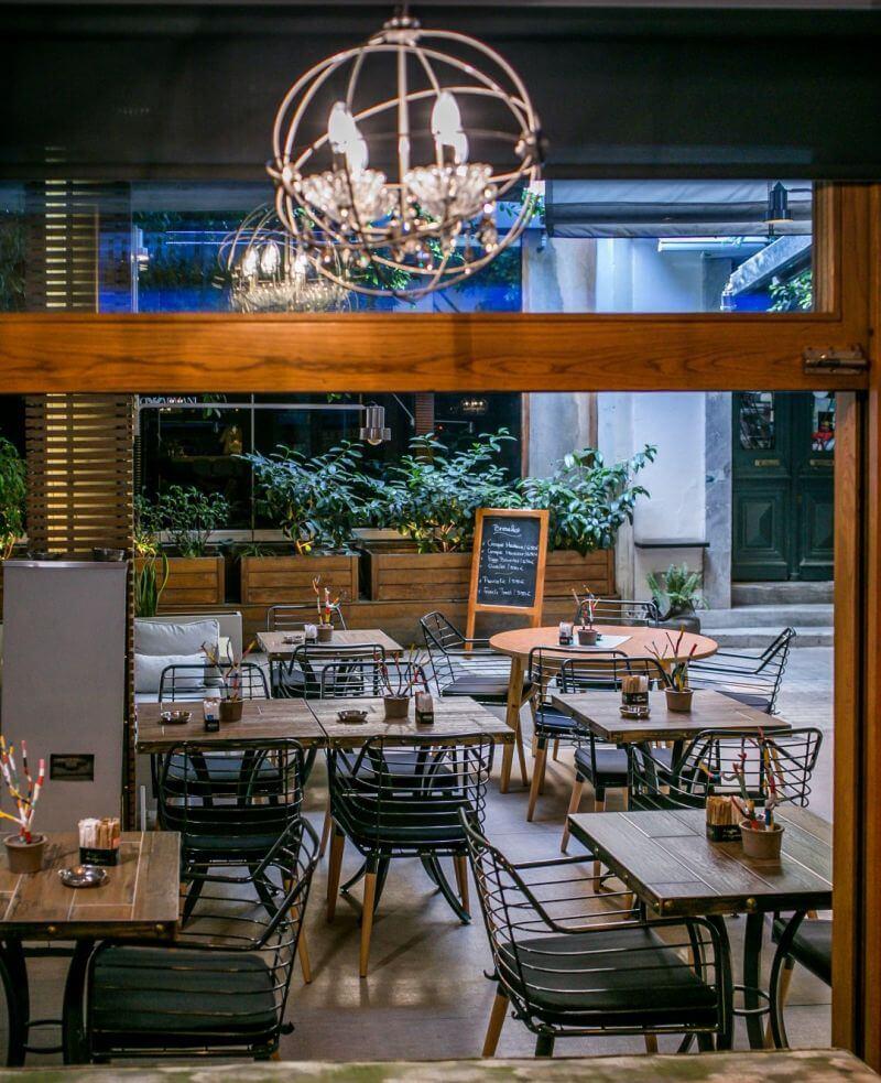 M8 Restaurant-Bar - εικόνα 1