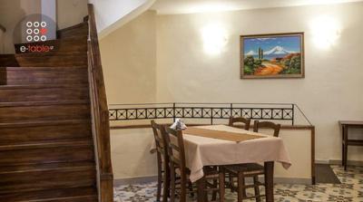 Erebuni Armenian Restaurant - εικόνα 4