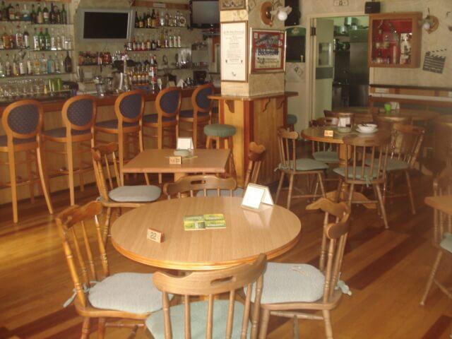 Franx Bar And Restaurant - εικόνα 2