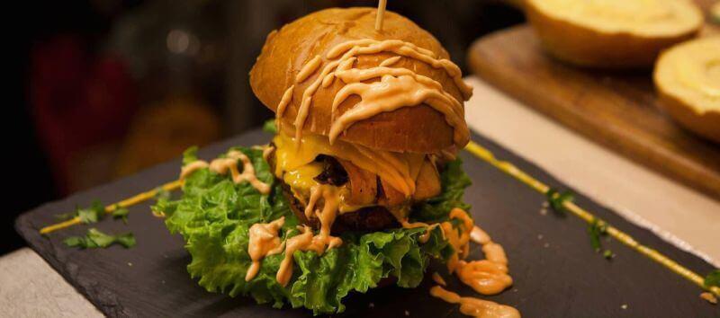 The Square Steak & Burger Bar (Κασσιόπη) - εικόνα 1