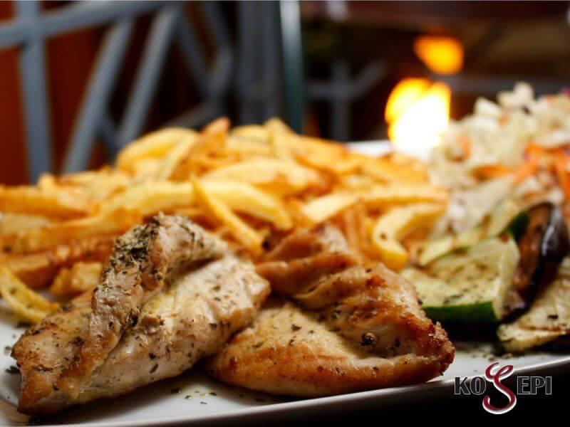Kozeri Bar & Restaurant - εικόνα 7