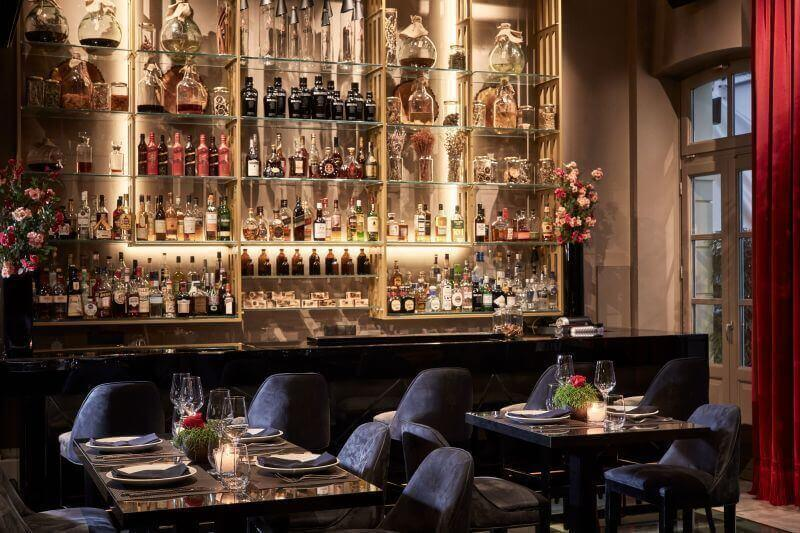 EPTA 7 Restaurant Bar - εικόνα 1