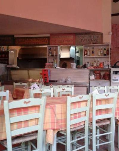 Taverna Parelthon - εικόνα 1