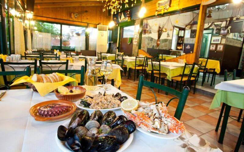 Αποτέλεσμα εικόνας για ψαροκοκαλο εστιατοριο κερατσινι