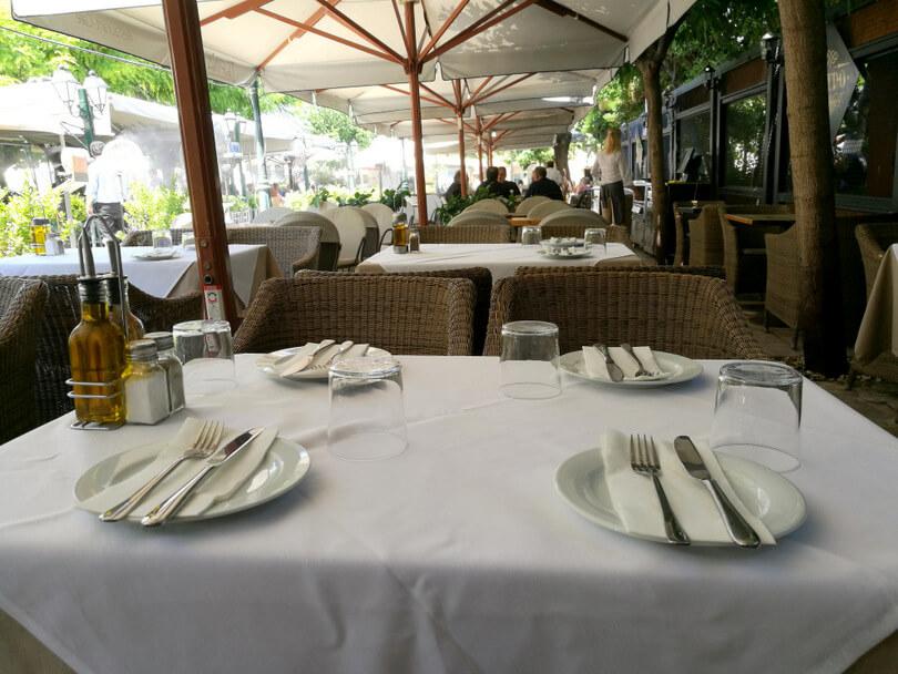 Κίτρο traditional Athenian cuisine - εικόνα 2