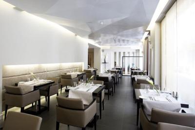 O&B Athens All Day Bar Restaurant - εικόνα 1