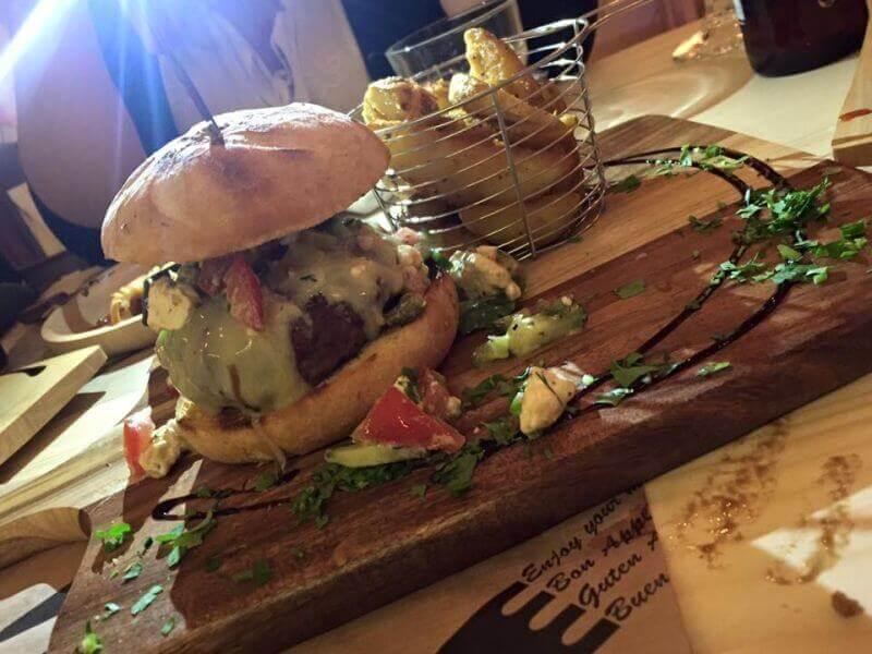The Square Steak & Burger Bar (Κασσιόπη) - εικόνα 3