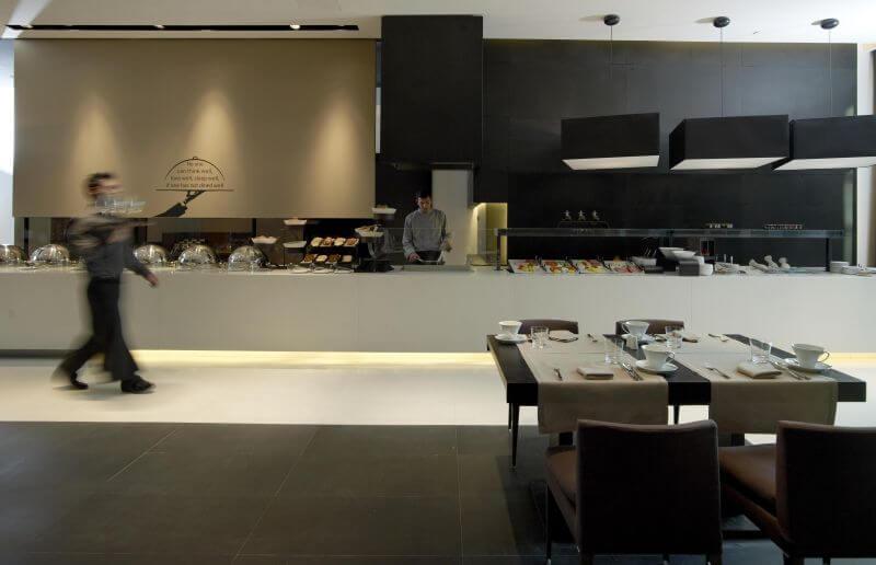 Avenue 48 Restaurant - εικόνα 1