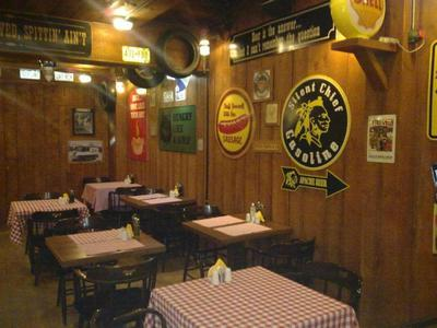 Corner West Saloon - εικόνα 4