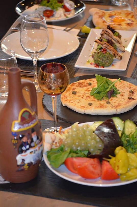 Kolchis Restaurant - εικόνα 4
