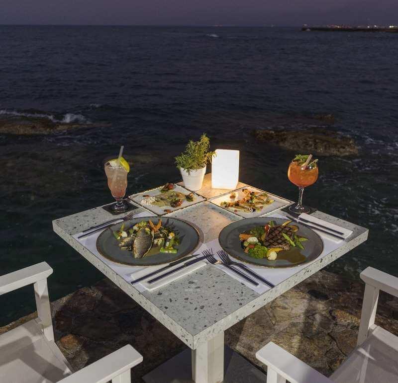 Cretan Blue Beach Restaurant - εικόνα 4