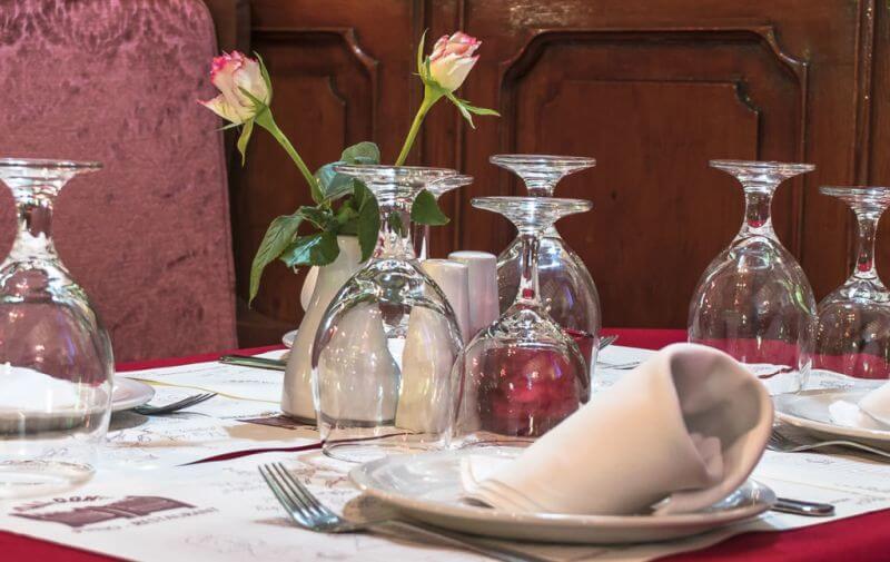 Saloon Piano Restaurant - εικόνα 1
