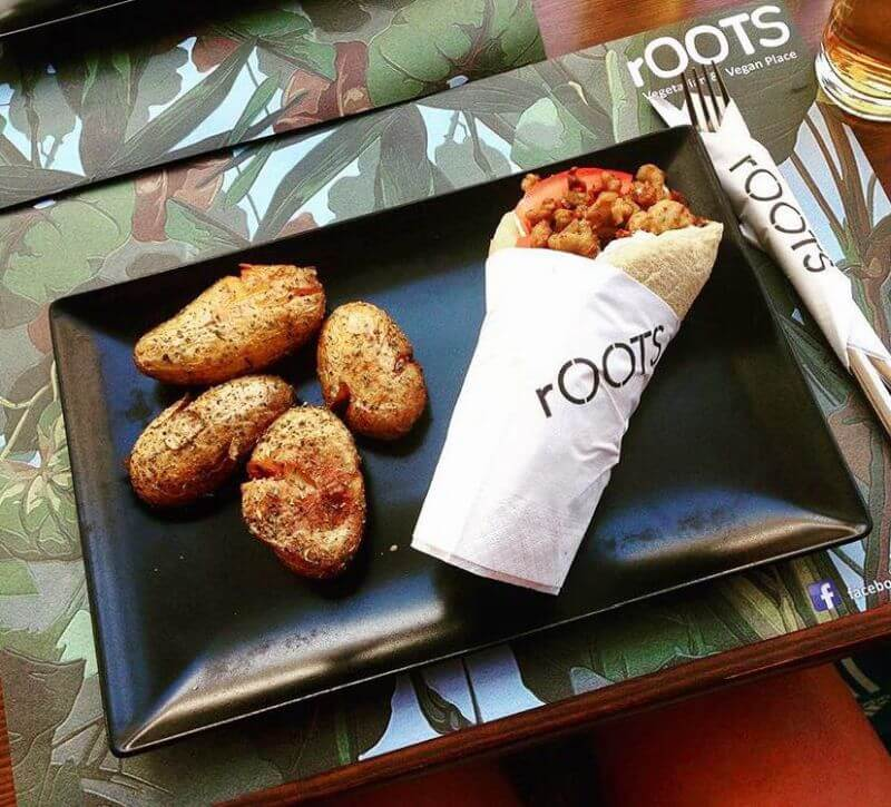 Roots Vegeterian & Vegan place - εικόνα 2
