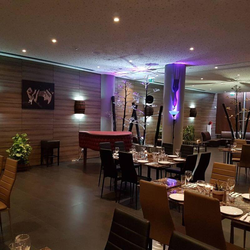 XS Diner -  Lounge Bar Restaurant - εικόνα 1