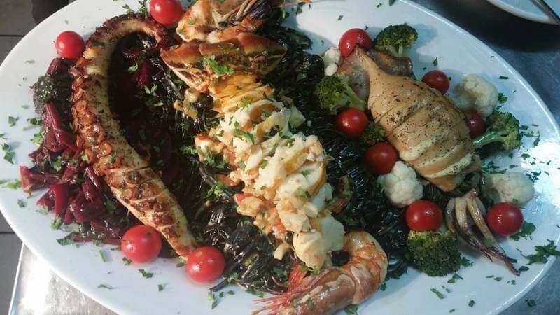 Naoussa Restaurant - εικόνα 7